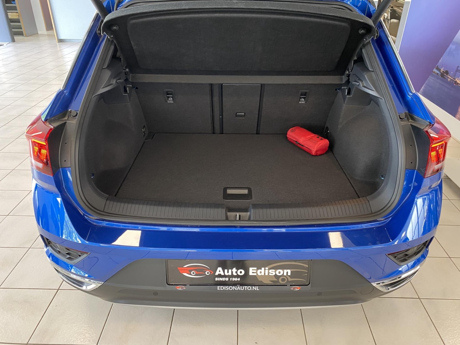 Volkswagen-T-Roc-11