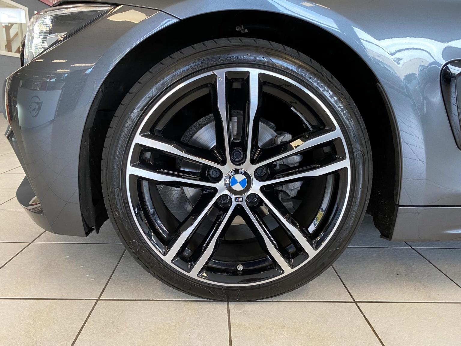 BMW-4 Serie-8