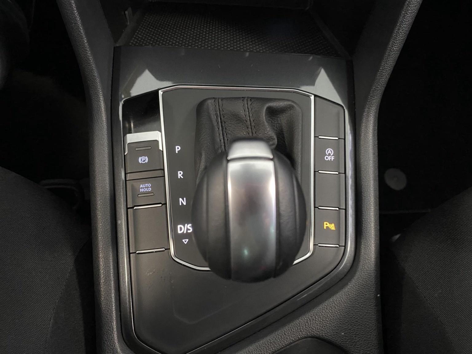 Volkswagen-Tiguan-28